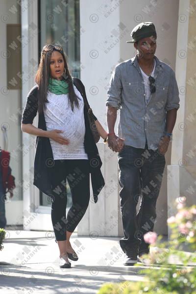 tia mowry husband cory hardrict. dresses tia mowry and husband